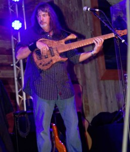 Ray Salyer with his Clement Phoenix bass